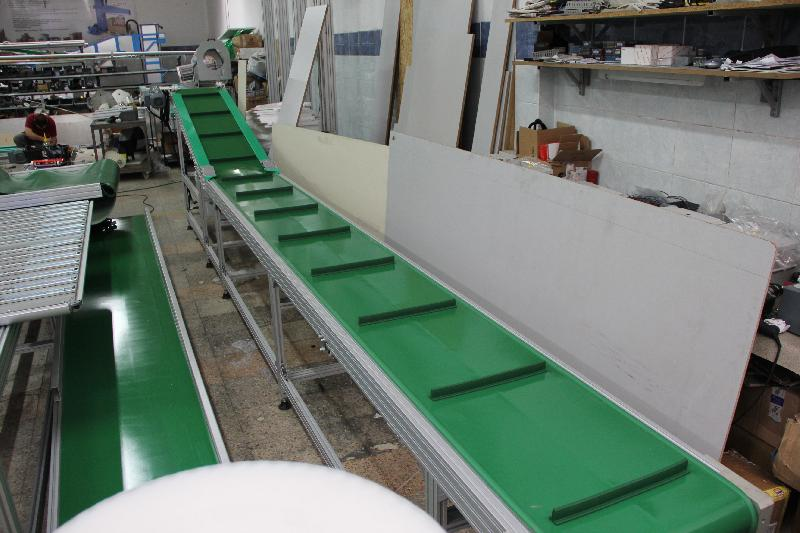 Belt conveyor-9