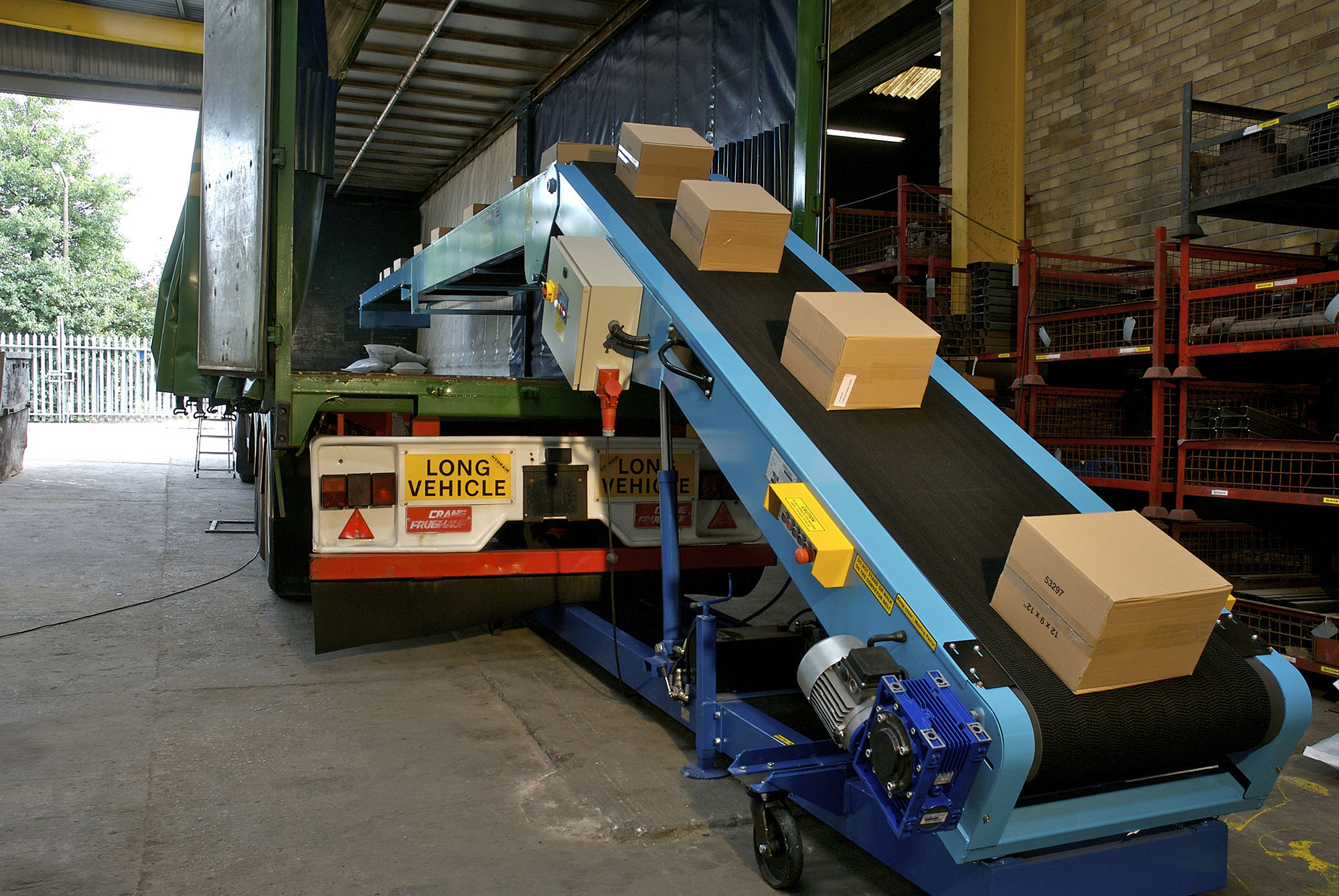 Truck loading conveyor-2