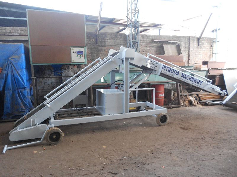 truck-loading-unloading-conveyor-1520677162-3710209